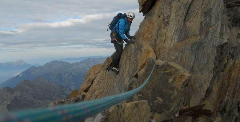 Salendo al Monte Disgrazia 3678m.