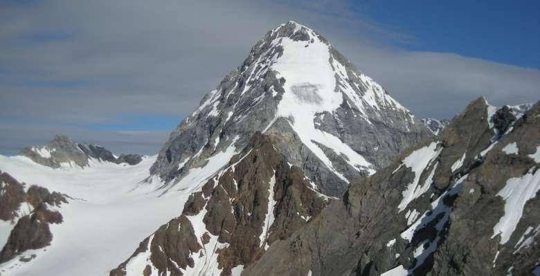 """il Gran Zebrù """"domina"""" le nostre aule!!, durante il corso di progressione su ghiacciaio"""
