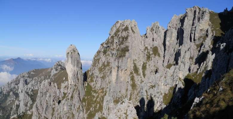 Le curiose formazioni a pinnacoli della Grignetta